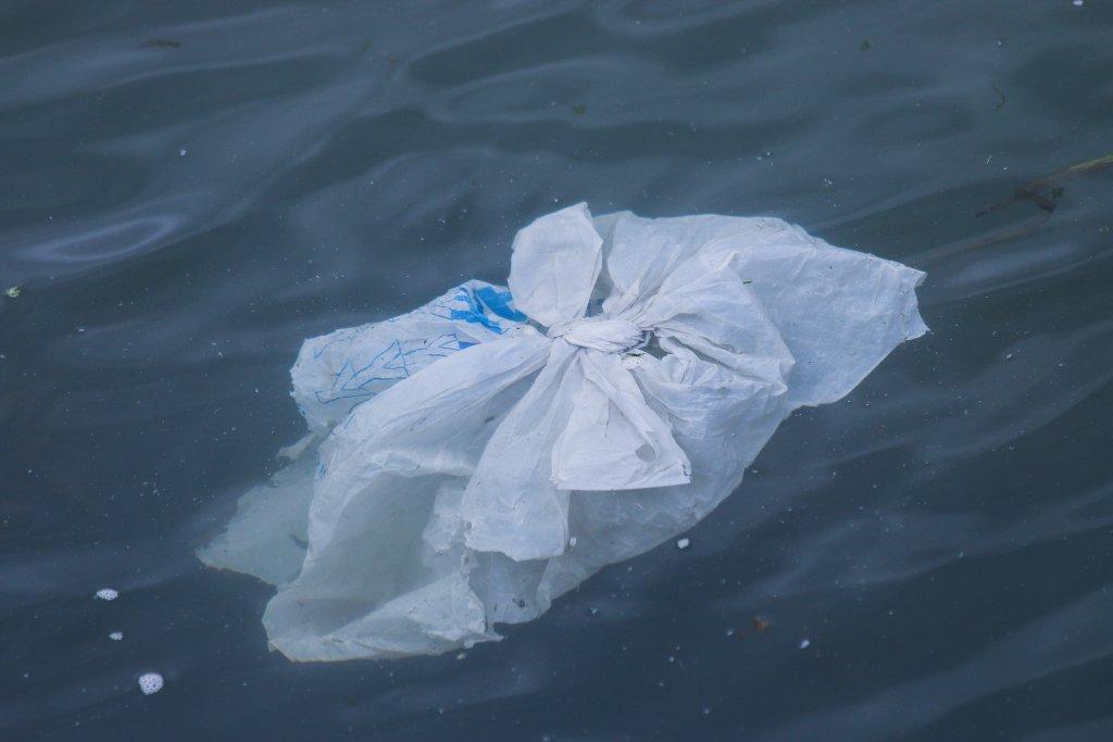 plastic dumping a curse to an Ocean